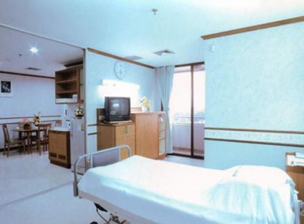 Patient's Room - Suite Room - Yanhee Hospital - Больница «Янхи»