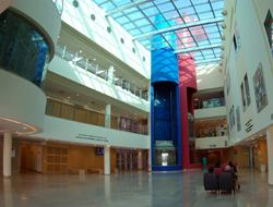 Lobby - Sheba Medical Center - Медицинский центр Sheba